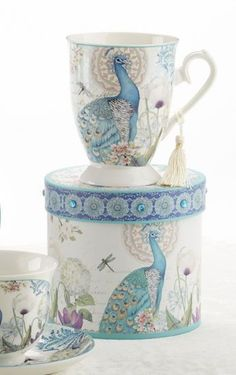 Gift Boxed Peacock Mug with Tassel from 'RosesandTeacups ♥≻★≺♥