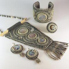 Broken Memories in the Mist 🖤 Ring Earrings, Beaded Embroidery, Peace And Love, Jewelry Art, Mists, Memories, Beads, Bracelets, Memoirs