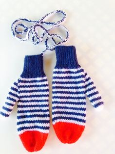 I just bought these Navy Blue and White Striped mittens on a string with red at the fingertips from See What I Made on - SO excited. Striped Mittens, Knit Mittens, Knitted Gloves, Navy Blue, Blue And White, Knit In The Round, Etsy Handmade, Shawls, Crocheting