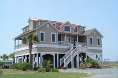 Holden Beach, NC - Ocean Sounds 1339 a 6 Bedroom Oceanfront Rental House in Holden Beach, part of the Brunswick Beaches of North Carolina. Includes Elevator, Private Pool, Hot Tub, Hi-Speed Internet