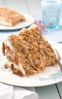 Recipe for Hummingbrid Cake - Do you like pineapples, bananas and coconut? Do you like deliciously layered cakes? If you answered yes, then you are going to be in love with this cake!
