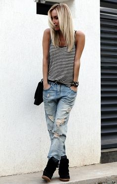 Instead of cuffing your boyfriend jeans, tuck them into sneaker wedges. how to wear boyfriend jeans Tomboy Fashion, Look Fashion, Fashion Outfits, Fashion Trends, Jeans Fashion, Trendy Fashion, Mode Outfits, Casual Outfits, Mode Lookbook