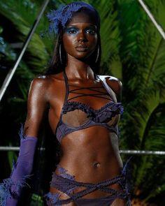Beautiful African Women, Beautiful Dark Skinned Women, African Beauty, Beautiful Black Women, Beautiful People, Dark Skin Models, Black Models, Black Girl Magic, Black Girls