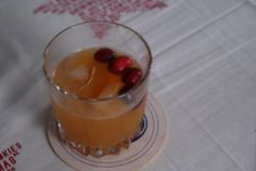 New Twist On An Old Fashioned, From An Old Lady With New Tastes #thanksgivingcocktails #fallcocktails