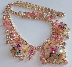 RARE-VERIFIED-VINTAGE-JULIANA-D-E-PINK-RHINESTONE-HAND-PAINTED-FLOWER-NECKLACE