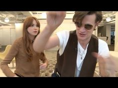 Matt Smith and Karen Gillan singing the Doctor Who theme hahahaha