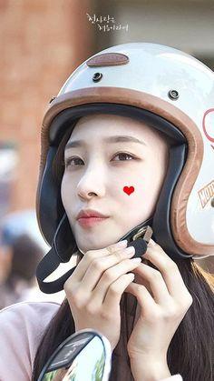 South Korean Girls, Korean Girl Groups, Kdrama, Jung Chaeyeon, Choi Yoojung, Kim Sejeong, Suspicious Partner, Weightlifting Fairy Kim Bok Joo, Ioi