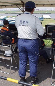Beefy Men, Fat Man, Big Men, Cops, Lgbt, Parachute Pants, Mens Fashion, Police, Japanese