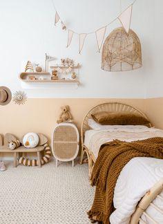 Girl Bedroom Designs, Bedroom Themes, Girls Bedroom, Gender Neutral Bedrooms, Bedroom Neutral, Neutral Kids Rooms, Modern Kids Rooms, Neutral Nurseries, Diy Zimmer
