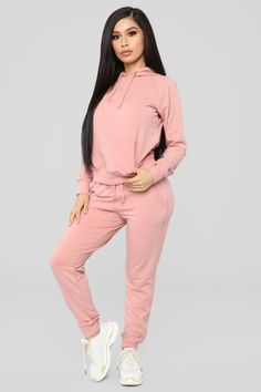 6 Bold Clever Tips: Style Fashion Tips fashion jeans boyfriend.Boho Fashion Plus Size fashion trends casual.Fashion Ideas Winter For Women. Legging Outfits, Athleisure Outfits, Sporty Outfits, Sporty Style, Trendy Outfits, Cool Outfits, Fashion Outfits, Sporty Fashion, Batman Outfits
