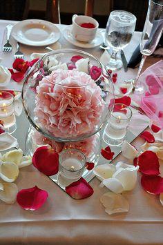 centerpiece Pink Red & white