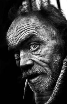 piercing eyes, I kinda miss seeing wrinkles