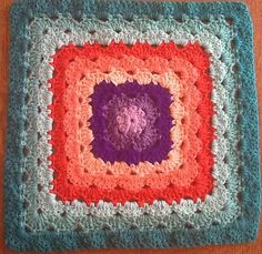 [Free Pattern] Shell Stitch Granny Square Variations Never Looked Better, They've Never Been Easier