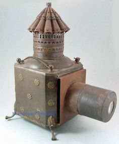 Early Louis XV magic Lantern. courtesy François BINÉTRUY collection.