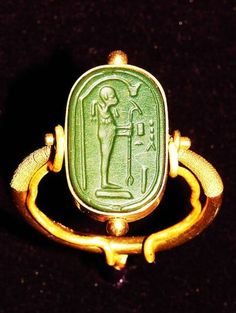 Green -Egyptian Ring from the tomb of #King #Tutankhamen #ring