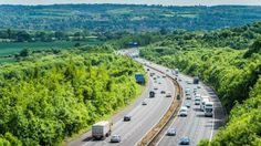 """Compania care ar putea termina toate autostrăzile din România în timp record: """"Deocamdată suntem într-o fază de observaţie"""" Romania, Country Roads"""