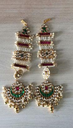 Items similar to Kundan Earrings on Etsy Tika Jewelry, Indian Jewelry Earrings, Jewelry Design Earrings, Silver Jewellery Indian, Etsy Earrings, Jewelery, Indian Bridal Jewelry Sets, Bridal Jewelry Vintage, Bridal Bangles