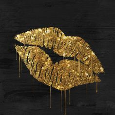 """East Urban Home 'Golden Lips' by Color Bakery Graphic Art on Wrapped Canvas Size: 26"""" H x 26"""" W x 0.75"""" D"""