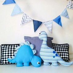 Baby Sewing Projects, Sewing For Kids, Fabric Toys, Fabric Scraps, Sewing Toys, Sewing Crafts, Couture Bb, Dinosaur Crafts, Baby Pillows