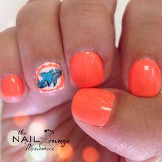 Miami dolphins gel nail art