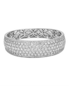 Bracelet - clean diamonds and white gold.