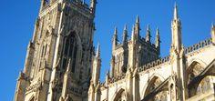 Découvrez tous nos guides de voyage sur Barcelona Cathedral, Trips, York, City, Building, Travel, United Kingdom, Viajes, Buildings