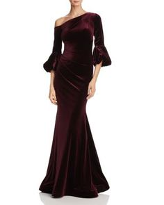 Velvet Evening Gown, Velvet Gown, Evening Gowns With Sleeves, Evening Dresses, Beautiful Gowns, Beautiful Outfits, One Shoulder Gown, Nice Dresses, Formal Dresses
