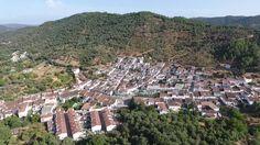 VUELO EN GALAROZA - HUELVA. Andalusía. Spain