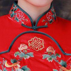 Mandarin collar embroidered double phoenix long qipao Chinese red bridal cheongsam wedding dress