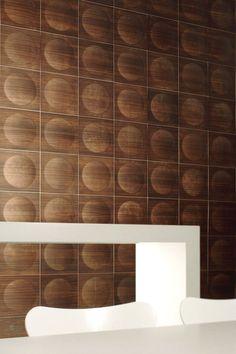 POP; wood veneer, cork, or lacquer; Jaana Karell; Brain.Wood; http://www.brainwood.net/en/products/pop