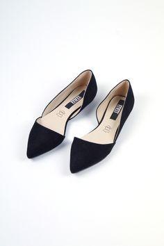 Flats Black www.mariamangerica.com