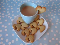 heart cookies hanging on a coffee cup (or milk)! Cupcakes, Cupcake Cookies, Sugar Cookies, Heart Cookies, Cookie Favors, Baby Cookies, Flower Cookies, Cookie Recipes, Dessert Recipes