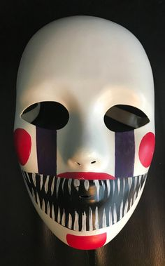Five nights at Freddy's Marionette Mask Fnaf Costume, Fnaf Cosplay, Mascaras Halloween, Halloween Masks, Mascara Oni, Marionette Fnaf, Creepy Masks, Mask Painting, Maquillage Halloween