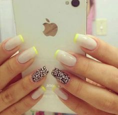 Nude with yellow stripes. Love with! But without the leopard