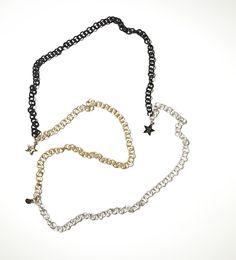 Un collar especial para una mujer de 5 estrellas.   Ya la venta online!