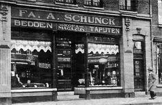 Schunck (ca 1938) aan het Kerkplein in Heerlen