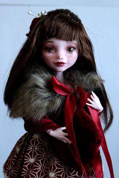 https://flic.kr/p/UbZMfc | Lily - custom OOAK Monster High Doll repaint | www.etsy.com/uk/listing/534640801/lily-custom-ooak-monste...