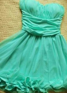 Kup mój przedmiot na #vintedpl http://www.vinted.pl/damska-odziez/krotkie-sukienki/11820337-piekna-mietowa-sukienka-rozmiar-m-kikiriki