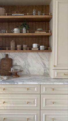 Kitchen Shelves, Kitchen Reno, Home Decor Kitchen, Kitchen Living, New Kitchen, Home Kitchens, Kitchen Remodel, Kitchen Cabinets, Wood Shelves