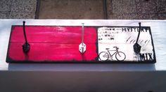 perchero-de-pared-madera-reciclada-pallet-disenos-arte-17605-MLA20142111364_082014-F.jpg (1200×675)