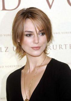 Cabelo liso curto  #shorthair #cabeloscurtos #hairstyle #cabelos #mulheres  visite: www.cortecabelocurto.com
