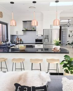 Regardez cette photo Instagram de @homesbycaz • 2,836 J'aime http://amzn.to/2qVhL6r