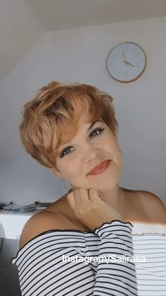 Bob Hairstyles For Thick, Hairstyles With Bangs, Cool Hairstyles, Volume Hairstyles, Short Shag Haircuts, Pixie Hairstyles, Short Hair Cuts For Women, Short Hair Styles, Short Grunge Hair