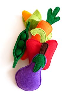 Felt Vegetable Play Set Pretend Play Food for by HandmadebyKATuck, £20.00