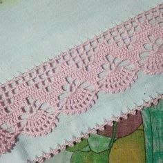 How to Crochet Wave Fan Edging Border Stitch Crochet Edging Patterns, Crochet Lace Edging, Crochet Borders, Crochet Designs, Crochet Doilies, Crochet Stitches, Embroidery Patterns, Crochet Squares, Diy Crafts Crochet