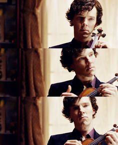 Sherlock w/ his violin. that he actually learned how to play for Sherlock! Sherlock Holmes Bbc, Sherlock Fandom, Sherlock John, Watson Sherlock, Jim Moriarty, Sherlock Quotes, Sherlock Poster, Funny Sherlock, Martin Freeman