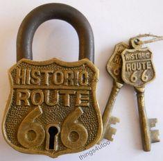 Route 66 Lock & Keys Antiqued Patina Finish Solid Brass w/2 keys padlock #E133