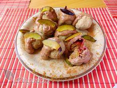 Švestkové plněné knedlíky s arašídovou omáčkou