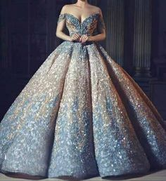 Image discovered by Lana. Find images and videos about beautiful, dress and spar. - - Image discovered by Lana. Find images and videos about beautiful, dress and sparkle on We Heart It – the app to get lost in what you love. Source by stefanie_trille Ball Gown Dresses, Bridal Dresses, Prom Dresses, Formal Dresses, Sparkle Dresses, Debut Dresses, Stunning Dresses, Beautiful Gowns, Pretty Dresses