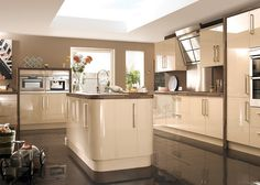Wickes Kitchen To-Order New Jersey Taupe Kitchen, High Gloss Kitchen, New Kitchen, Cream Gloss Kitchen, Kitchen Island, Kitchen Unit, Walnut Kitchen, Kitchen Colors, Kitchen Storage